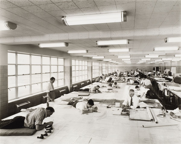 Here we see the drafting room at the Ford Motor bomber factory in Willow Run, Michigan, in 1942. The building was designed by Albert Kahn Associates.<br /><br />Photograph by Hedrich-Blessing. CCA Collection Gift of Federico Bucci. Canadian Centre for Arc