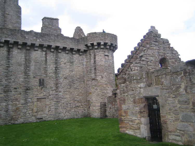 Here's a view of Craigmillar Castle, outside of town. Mary Queen of Scots spent one of her last nights here. The castle was built in the early 15th century.