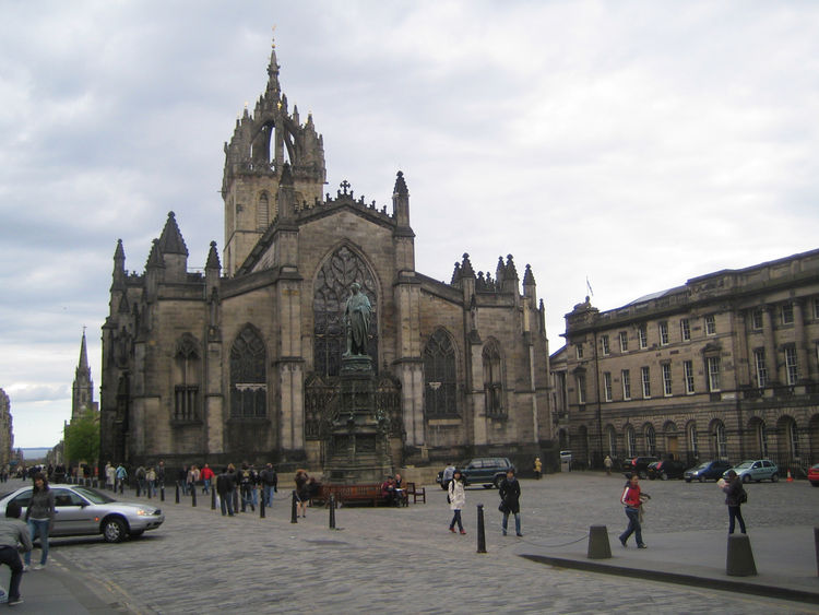 Head down High Street (the Royal Mile) and you'll see St. Giles Cathedral, which is spectacular. The blackened facade only adds to the dark glamor of the place. Inside I happened upon a choir rehearsing and the acoustics were incredible.