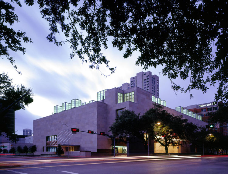 """Architect Brett Zamore describes the MFA as """" one of the most beautiful art galleries in the United States."""" Opened in 1900, the museum hired Ludwig Mies van der Rohe to design an addition in the 1950s. Visit the MFA online at <a href=""""http://www.mfah.org"""