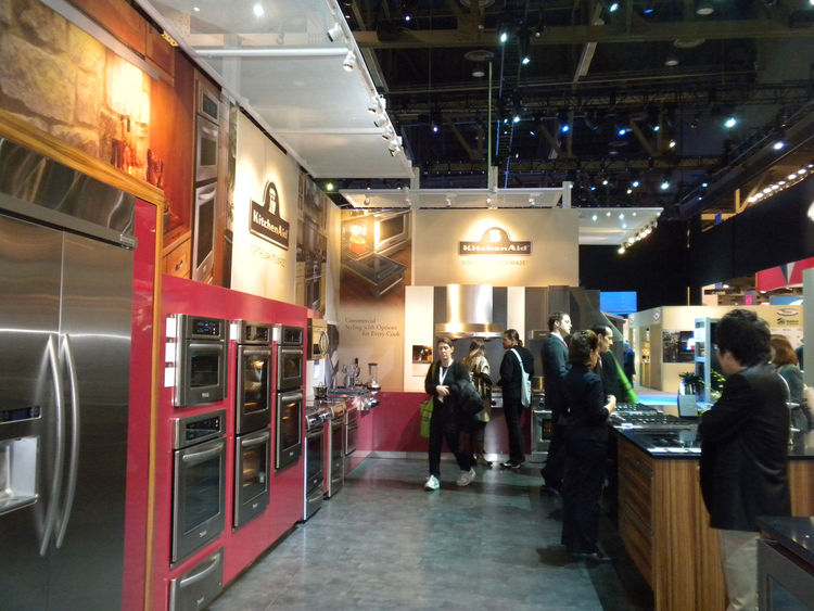 """The <a href=""""http://www.kitchenaid.com"""">KitchenAid</a> booth was filled with new appliances--and many excited attendees. One hot item: The company's induction cooktop, which uses electromagnetic technology to heat the pot or pan while not actually produci"""