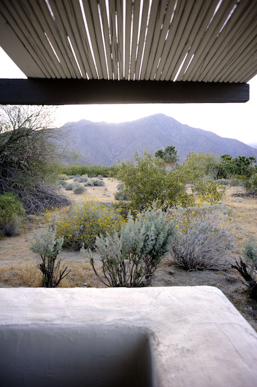 Here's a good look at the desert beyond the Cliff May house. Pretty epic stuff.