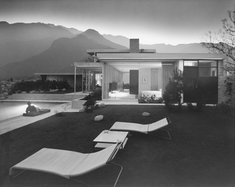 Julius Shulman snapped this image in 1947, one year after Richard Neutra completed the Kaufmann House in Palm Springs.<br /><br /> © J. Paul Getty Trust. Used with permission. Julius Shulman Photography Archive. Research Library at the Getty Research Inst