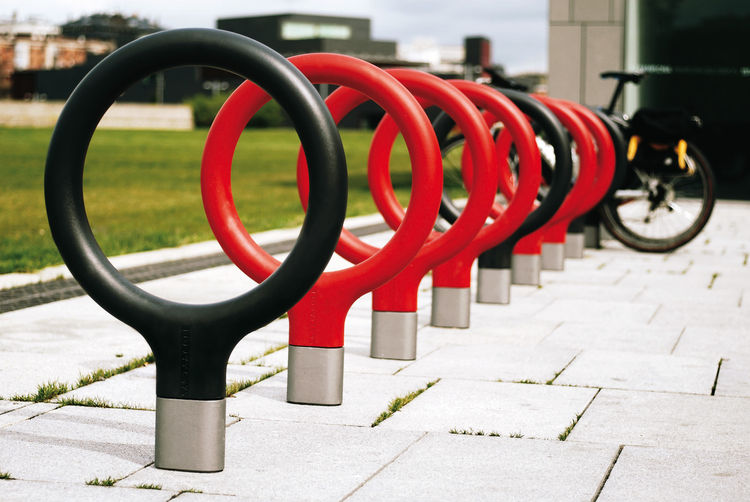 "A ""key"" solution for bicycle parking in cities. Inspired in the handles of antique keys, Key bicycle parking by <a href=""http://www.lagranjadesign.com/"">Lagranja Design</a> for Santa & Cole features simple yet dynamic lines. Available in red and anthracit"