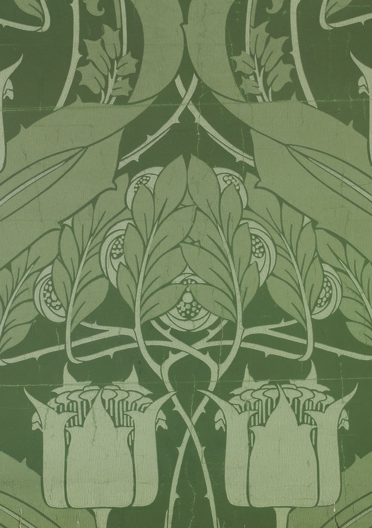 <i>Kingsbury</i>, wallpaper. Harry Napper/Alexander Rottman & Co. Color machine print on paper. UK, c. 1900 (V&A: E.464-1967). From <i>V&A Pattern Series II: Garden Florals</i> published by V&A Publishing and Abrams Books.