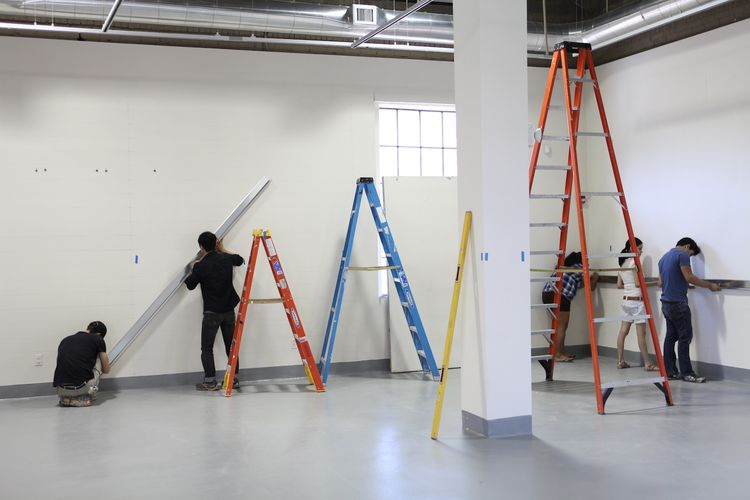 Exhibition Practices students worked together with Atherton Keener to install Light Lines.