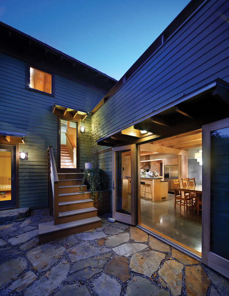 """Designed by <a href=""""http://www.tinagovan.com/"""">Tina Govan Architect</a> the house maximizes the use of its tight urban lot both inside and out, opening up every indoor space to an outdoor one, allowing interior spaces to feel bigger."""