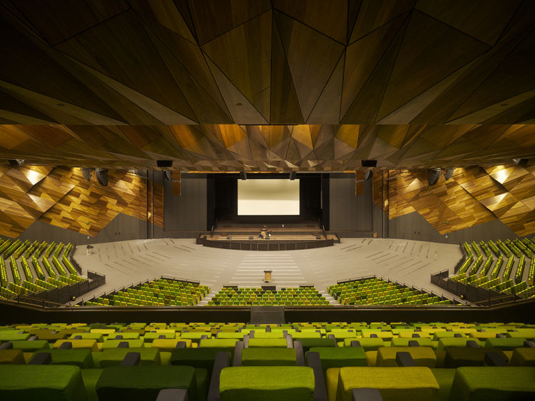 Here is Plenary Hall totally opened up. There are a pair of huge, retractable,  sound-proof panels that can come out and split the hall into three smaller spaces. Lyon said that the sound-proofing is so complete that you can have a rock concert in one sec