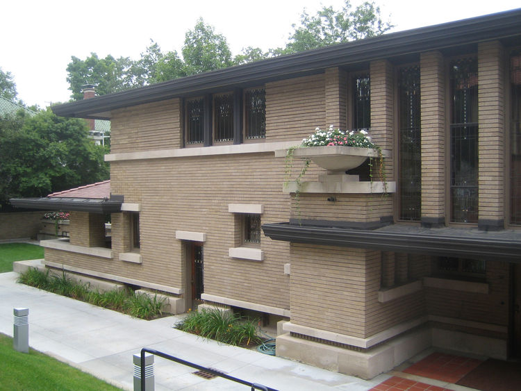 After a Twitter conversation, phone call, and a two-hour drive into Grand Rapids, I arrived at the Meyer May house. It's a Frank Lloyd Wright design from 1908, a contemporary of the Robie house in Chicago. Meyer May was a prominent clothier in Grand Rapid
