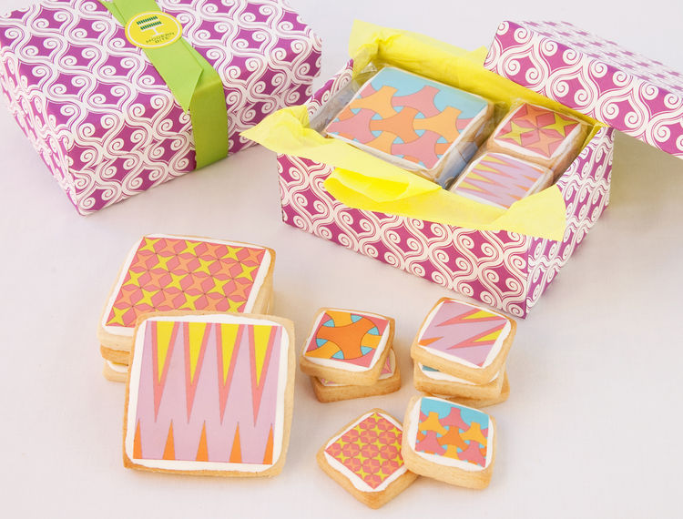 The cookies come in cute boxes, making them great (albeit not inexpensive) gifts.