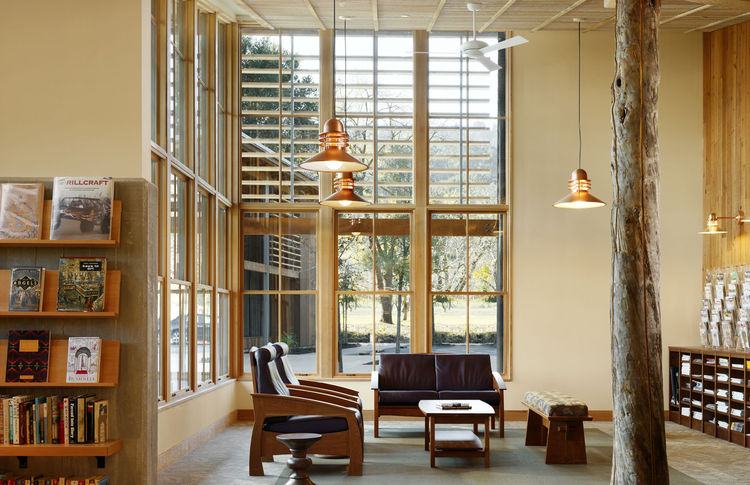 """Portola Valley Town Center (library) in Portola Valley, California, by <a href=""""http://www.siegelstrain.com"""">Seigel & Strain Architects</a>. Photo by César Rubio."""