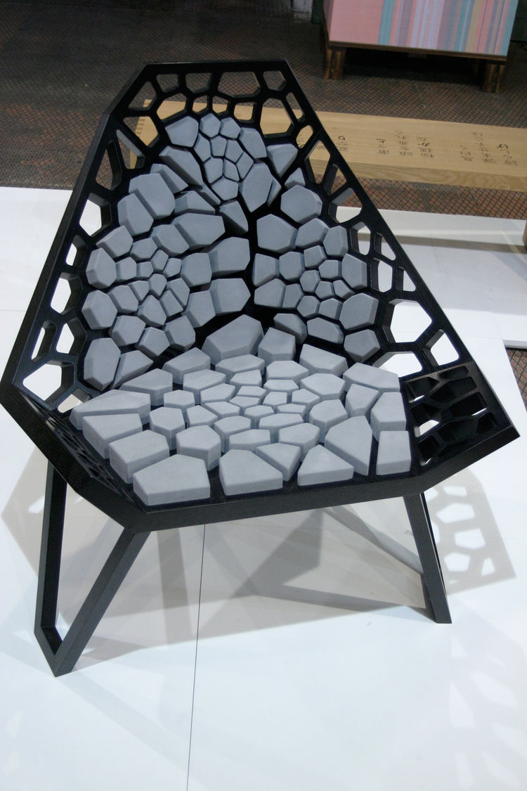 Hoping to tap into a tradition of high quality craftsmanship, Wolf Wagner, from Germany, teamed up with Minoru Nagahara, from Japan, to produce a series of pieces designed in Germany and made in Japan. Here, the Voronoi chair is one of the results.