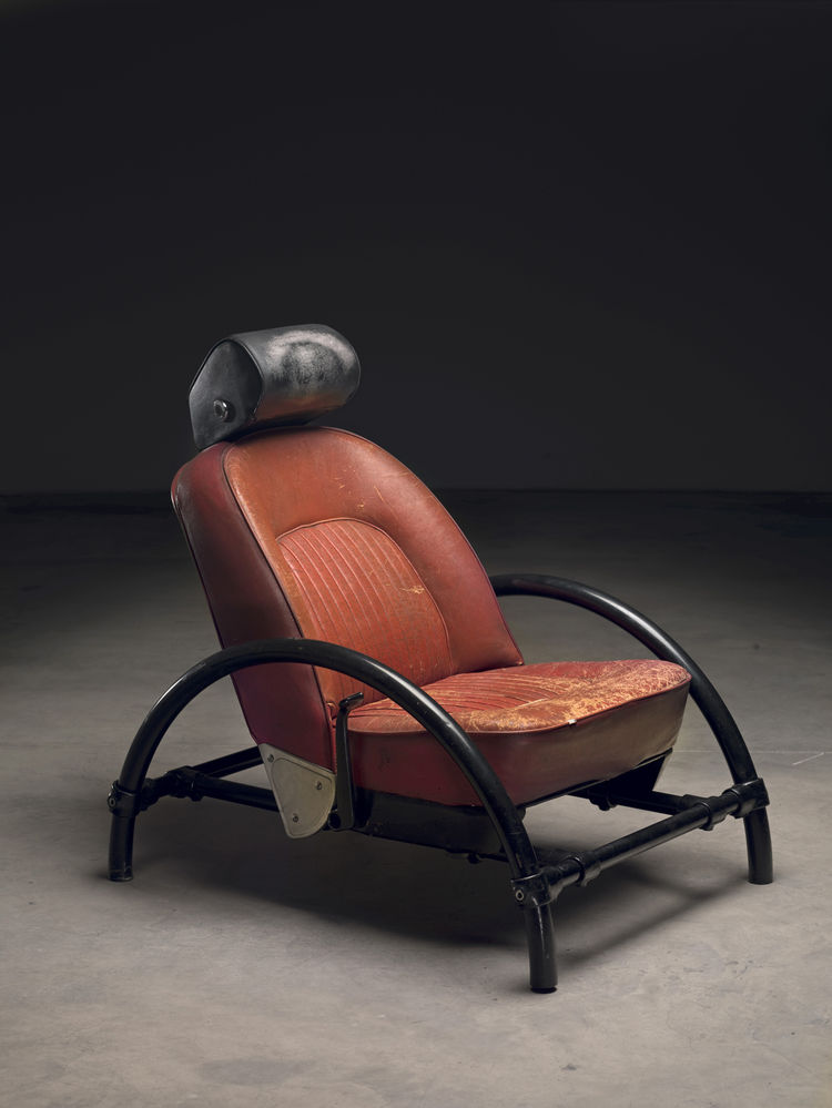 "Rover Chair (1981)<br/><br/>Photo by Erik and Petra Hesmerg and courtesy of Private Collection, Maastricht, and the <a href=""http://www.moma.org"">Museum of Modern Art</a>"