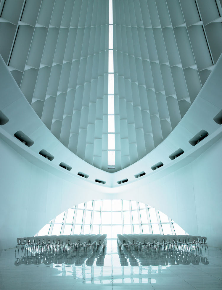 "The 1994 Globus chair was selected for the new pavilion at the Milwaukee Art Museu, designed by Santiago Calatrava. ""This image was shot on the day of the biggest snow storm in 15 years,"" says Jon."