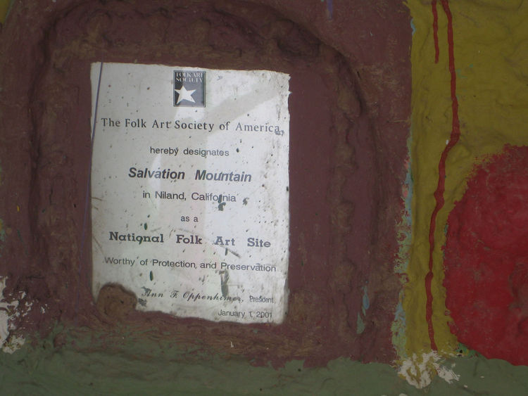 This little plaque is embedded in one of the mountain's supports. I love how the only official documentation in the place is in such an unassuming place. It doesn't exactly scream God is Love, but it's nice to see some outside appreciation for what Knight