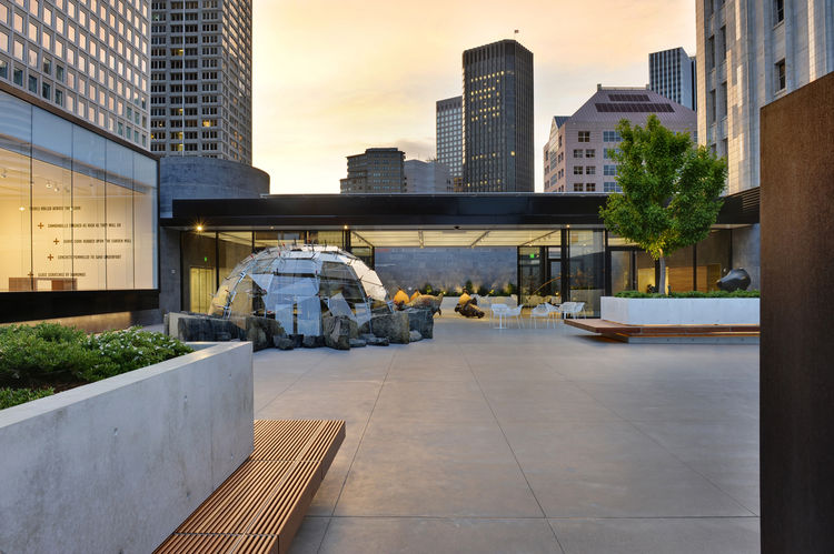 """The San Francisco Museum of Modern Art Rooftop Garden in San Francisco, California. Designed by Jensen Architects/Jensen & Macy Architects. Winner of the 2011 Institute Honor Award for Architecture. Project description: """"The SFMOMA's rooftop garden is an"""