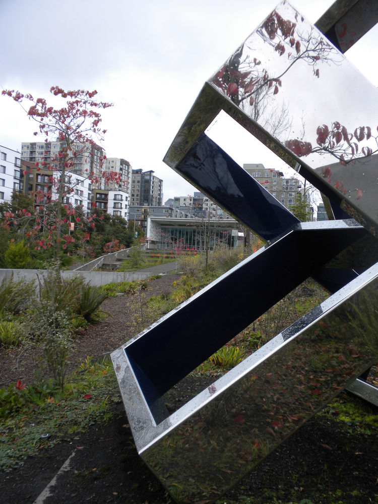 Once entering the top of the valley, the path forked again and offered a walk to the right toward the PACCAR Pavilion or steps straight ahead to Richard Serra's <i>Wake</i> installation. I first turned right, captivated by Beverly Pepper's sculpture title