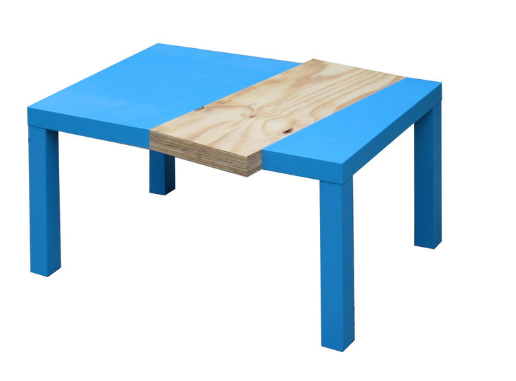 """Hacking an Ikea coffeetable, Roman Linde Baum of <a href=""""http://www.hellograph.de"""">Hellograph</a> and Ruediger Otte of <a href=""""http://www.studioproxy.de"""">Studio Proxy</a>, working together as Ikea Hacks, created a new table: the Greenwich Tea Time table"""