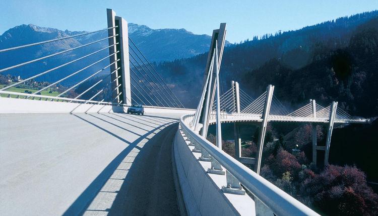Here, Menn's Sunniberg Bridge, completed in 1999 over the Landquart River in Graubünden, Switzerland. Photo courtesy Christian Menn.