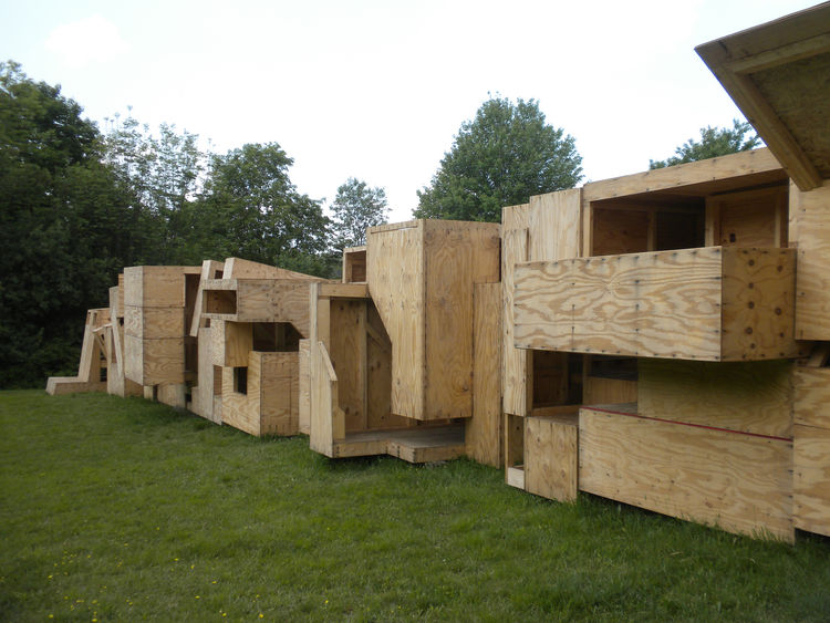 The project, lead by University at Buffalo clinical associate professor Shadi Nazarian and adjunct assistant professors Christopher Romano and Nicholas Bruscia, required the students to work in groups to create an inhabitable unit with an entrance, intern