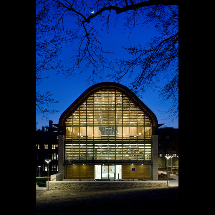 "<b>Project:</b> Kroon Hall, Yale University<p></p><b>Location:</b> New Haven, Connecticut<p></p><b>View:</b> Exterior at night<p></p><b>Architect:</b> <a href=""http://www.hopkins.co.uk/"">Hopkins Architects</a> and <a href=""http://www.centerbrook.com/"">Cen"