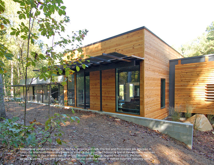 """The single story home designed by <a href=""""http://www.studiobarchitecture.com/"""">Studio B Architecture</a> is comprised of three rectangular forms, the central and tallest of which contains the primary living space."""