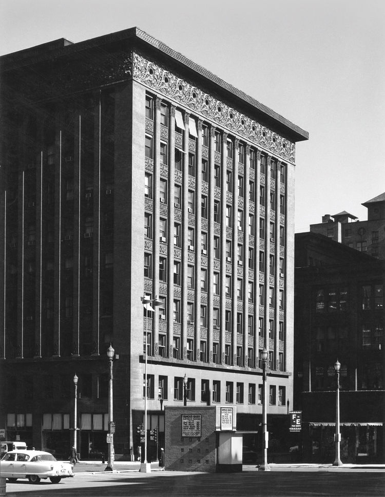 "Wainwright Building, St. Louis, Missouri, built 1890-1891. Photo courtesy of <a href=""http://www.richardnickelcommittee.org/"">The Richard Nickel Committee and Archive</a>."