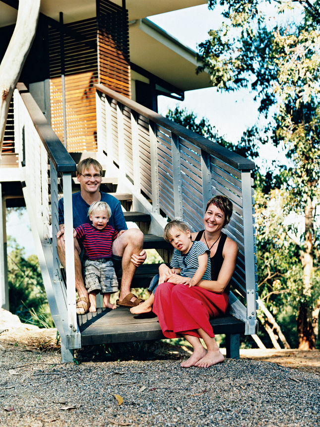 Another one of our favorite projects is this Noosa, Australia home of the New Zealand-born painter Stefan Dunlop and his family. The airy and elevated building was designed by their new next-door neighbors, who happened to be architects.
