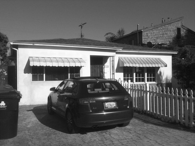 Originally built in 1952, this bungalow in Marina del Ray showed its age. The owners had deferred a lot of maintenance, which caused the home to suffer. <br /><br /> Despite the car parked in front, the city had long since mandated cars to be parked behin