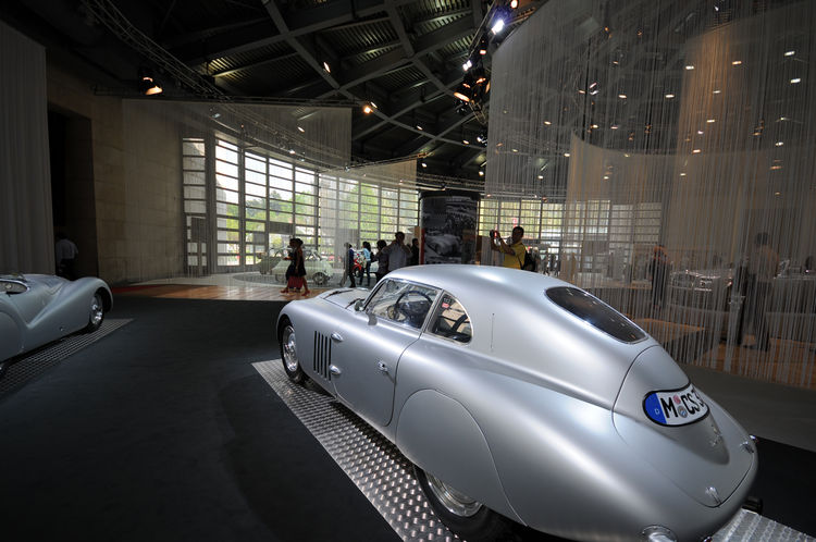 A legendary BMW 328 Touring Coupe. It won the 1939 24-Hour race at LeMans and the Mille Miglia in 1940. Bellini's dome is the core of the fair space and is noted as the symbolic center, with three exhibition wings branching out from it (Lario, Cernobbio a