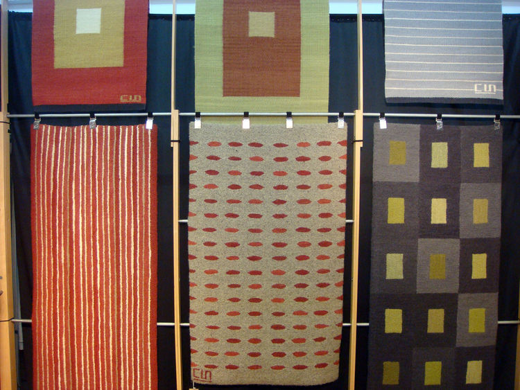 "Here's an assortment of Flying Carpet's patterns. Sobieniak also does <a href=""http://www.flyingcarpetstudio.com/index.cfm?vpage=482"">custom designs</a>."