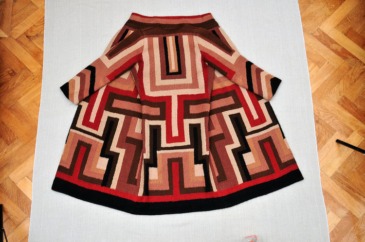 Coat made for Gloria Swanson, designed by Sonia Delaunay, France, 1923–24. Wool embroidery on wool. Private collection. © L & M SERVICES B.V. The Hague 20100623. Photo: © Wolfgang Woessner.