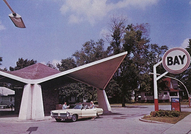 An old photo of the Bay gas station.