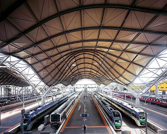 The interior of Southern Cross Station, 2005, in Melbourne, Australia. Photo by Shannon McGrath.