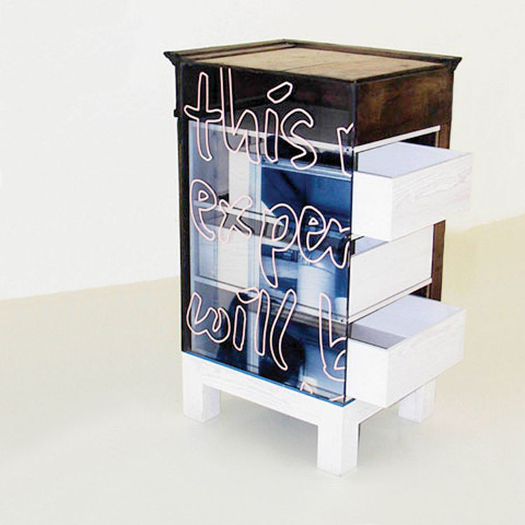 <h2><p>2005</h2></p><p>Cupboard, an experimental one-off for Galerie Kreo.</p>