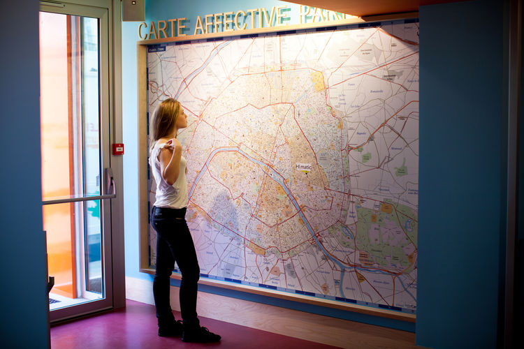 A large map to help guest plan their daily adventures. Photo by Simon Bouisson.