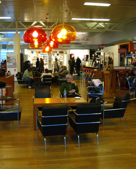 """Keflavik, the self-proclaimed """"best airport in Europe"""" is pretty relaxed. <a href=""""<a href=""""http://www.epal.is/"""">Epal</a>, Iceland's largest design store has an outpost here, shown in the background.At Epal, I picked up a tiny, hand-carved Icelandic hors"""
