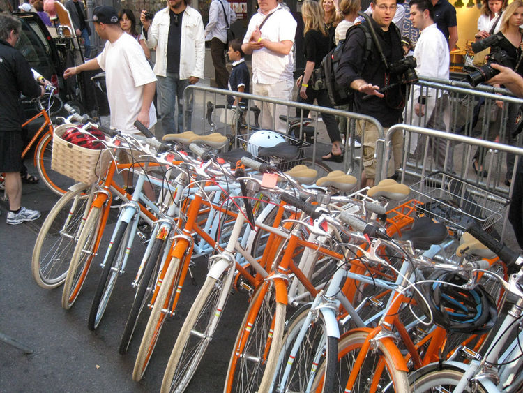 Outside the Tretorn store, new Public Bikes got the valet treatment.