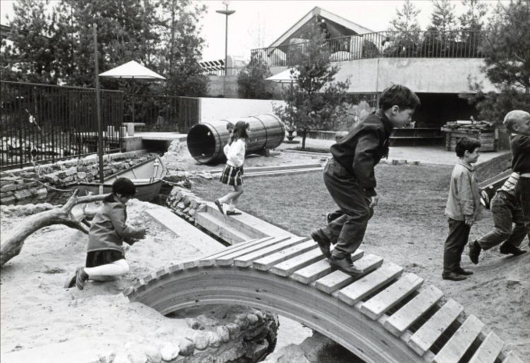 Oberlander's playscape for the Canadian Pavilion at the 1967 Expo in Montreal included both indoor and outdoor classrooms, Op-Art manipulatives, screens made of musical instruments, loose building parts, a hill, tunnel, stream and rowboat! In three years
