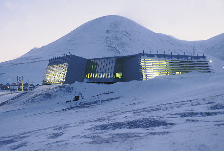 The Administration Building for the Governor of Svalbard, 1998. Image courtesy Jarmund/Vigsnæs AS Architects MNAL