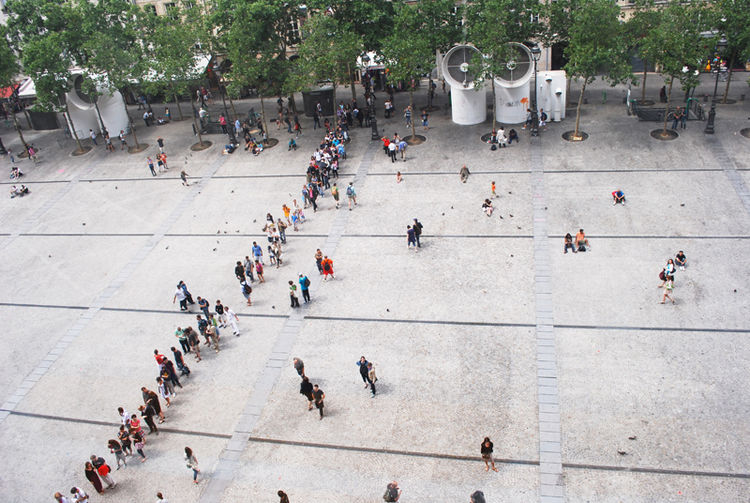 The line outside the Centre Pompidou on Sunday, August 1, reaching all the way across the sloped plain and nearly into the cafes and gelateries of Rue Saint-Martin.