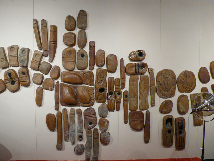 "An installation with 1970s clay sculptures from <A HREF="" http://studio111palmsprings.com/"">Studio One 11</A>."