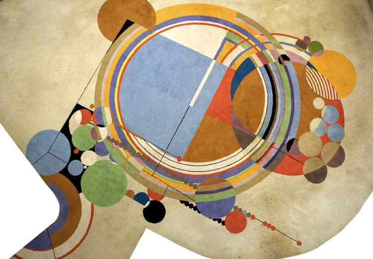 Frank Lloyd Wright custom-made this rug between 1945 and 1950 after a 1926 design for the Phoenix residence (built in 1950) of son David Wright and his wife, Gladys. The rug, which was woven by V'Soske of Puerto Rico, measures 19 feet in diameter and was