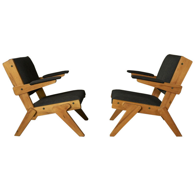 """<a href=""""http://www.1stdibs.com/furniture_item_detail.php?id=245913"""">A pair of chairs</a> designed by Bo Bardi out of peroba rosa wood in 1951, currently part of Noho Modern's collection. """"She is the single most important architect and designer behind Osc"""
