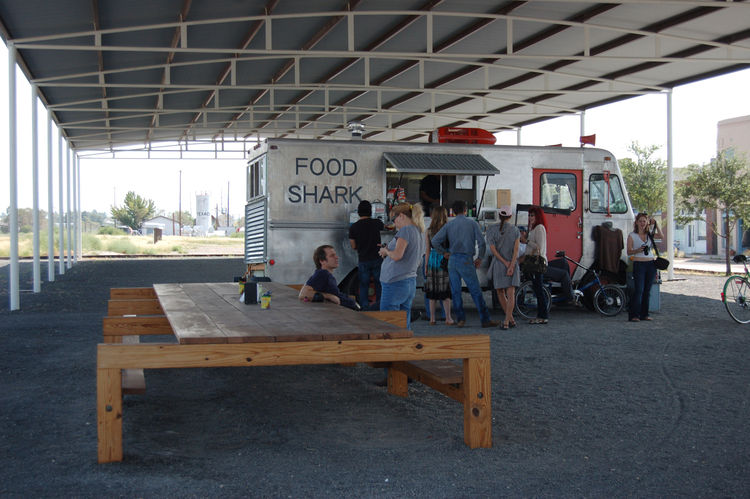 "After the tour, we headed back into the center of town to grab lunch. <a href=""http://www.foodsharkmarfa.com//"">Food Shark</a>, the local mobile eatery, did not disappoint. When we arrived promptly at noon, there was already a hungry throng queued up and"