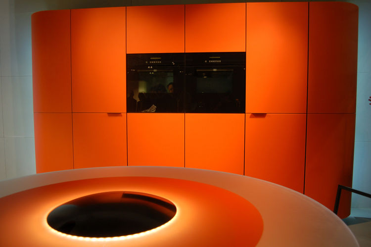 "Designer Roberto Pezzetta won a 2009 Good Design Award for this kitchen concept, entitled Argento Vivo, which he created for <a href=""http://gedmagazine.com/"">GeD Cucina</a>. The black oval at the center conceals a wine cooler, and when the top is removed"