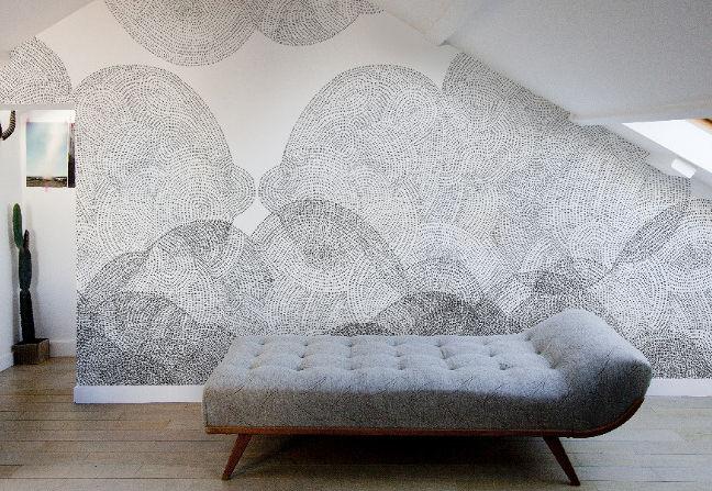 "Monochromatic <a href=""http://www.minakaniwalls.com/cloudy"">Cloudy</a> pattern."