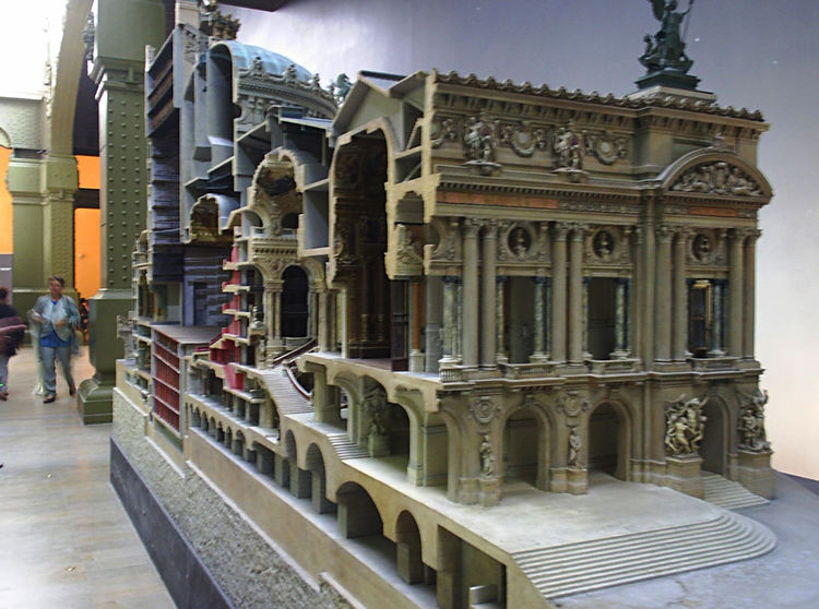 In addition to the well-known Impressionist works, the museum also boasts a collection of architectural drawings and models. A longitudinal section model of Garnier's 'old' Paris Opera House sits at the very back of the museum, which took over two years t
