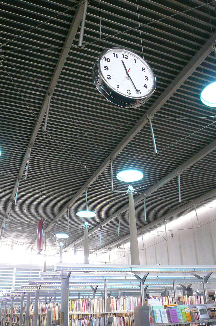 Love the suspended clocks.