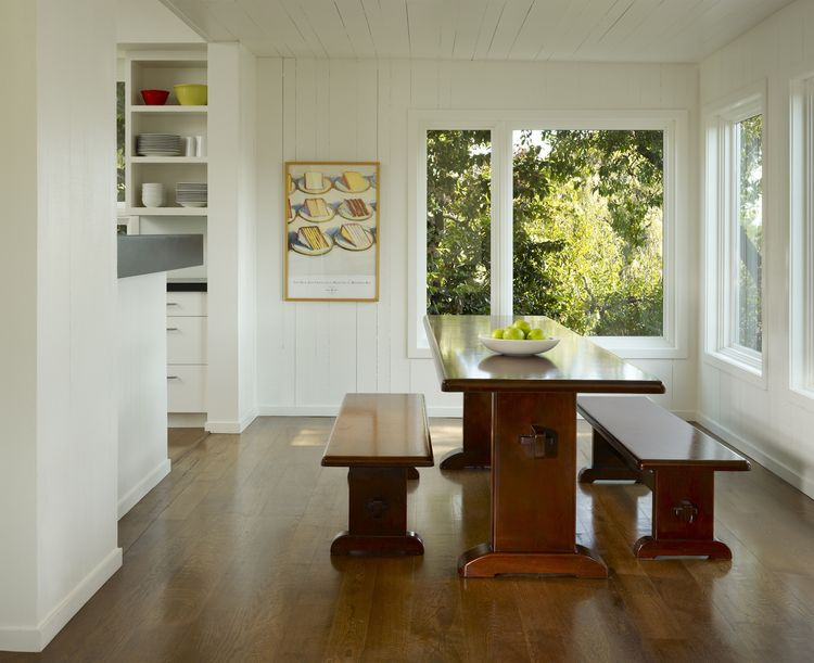 Family furnishings are mixed with modern accessories for a sustainable interior design strategy.